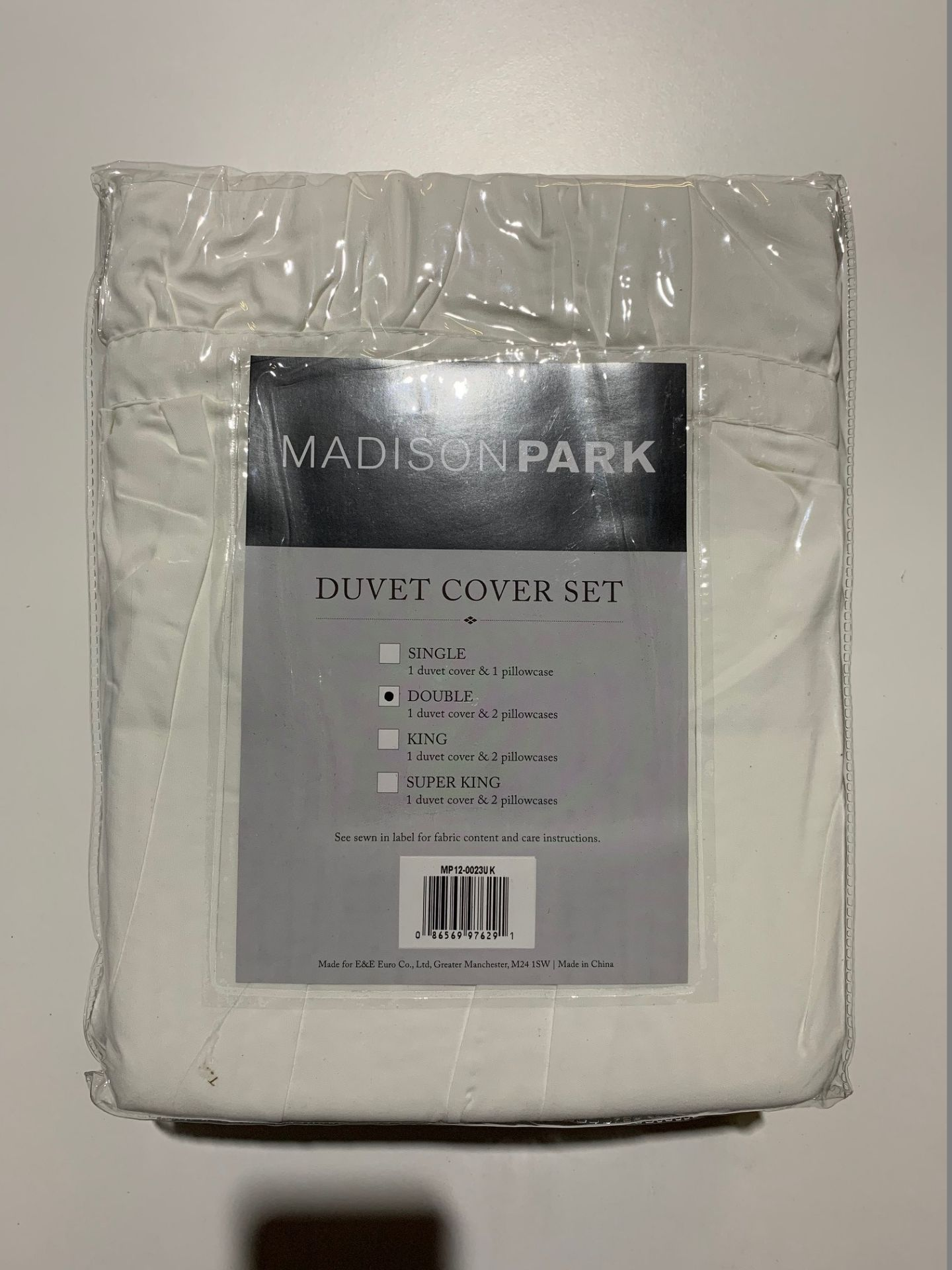 Lot 64 - 1 x Madison Park Mirimar Double Duvet Set White - Product Code MP12-0023UK (Brand New - RRP £39.99)