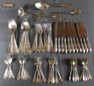 1 Besteck Silber (800/000), Punzen: Halbmond und Krone, Adler, bestehend aus 11 Messern, 11