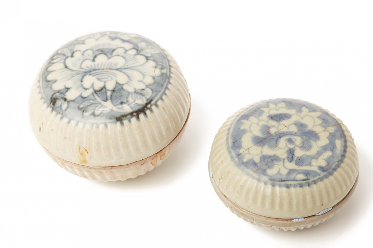 Lot 46 - TWO BLUE AND WHITE PORCELAIN COSMETIC BOXES