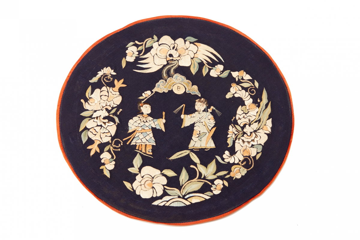 Lot 42 - A GROUP OF ANTIQUE CHINESE RANK BADGES AND EMBROIDERIES