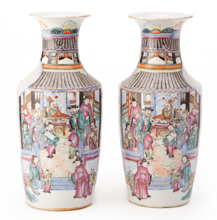 Lot 8 - A PAIR OF CHINESE FAMILLE ROSE PORCELAIN BALUSTER VASES
