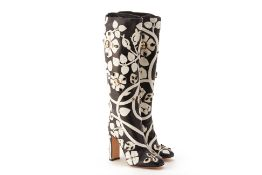 A PAIR OF DOLCE & GABANNA CAMEO & BLACK JEWELLED BOOTS