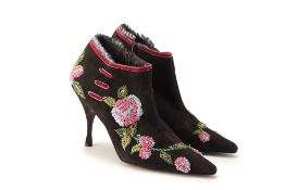 A PAIR OF BEVERLY FELDMAN EMBROIDERED BOOTS EU 39