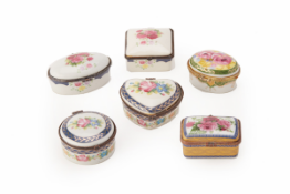 A GROUP OF SIX PORCELAIN BOXES