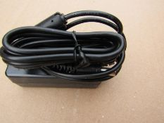 54 x 5V dc Power Supply for Laptop, Netbook or Notebook, 2.5A, 2-Pin - B714 435869
