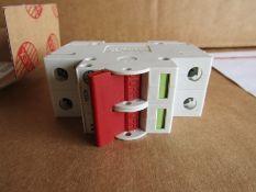 80 x BNIB Wylex WS102 Isolator Switch 2Pole 100A NH Series Disconnector 159311