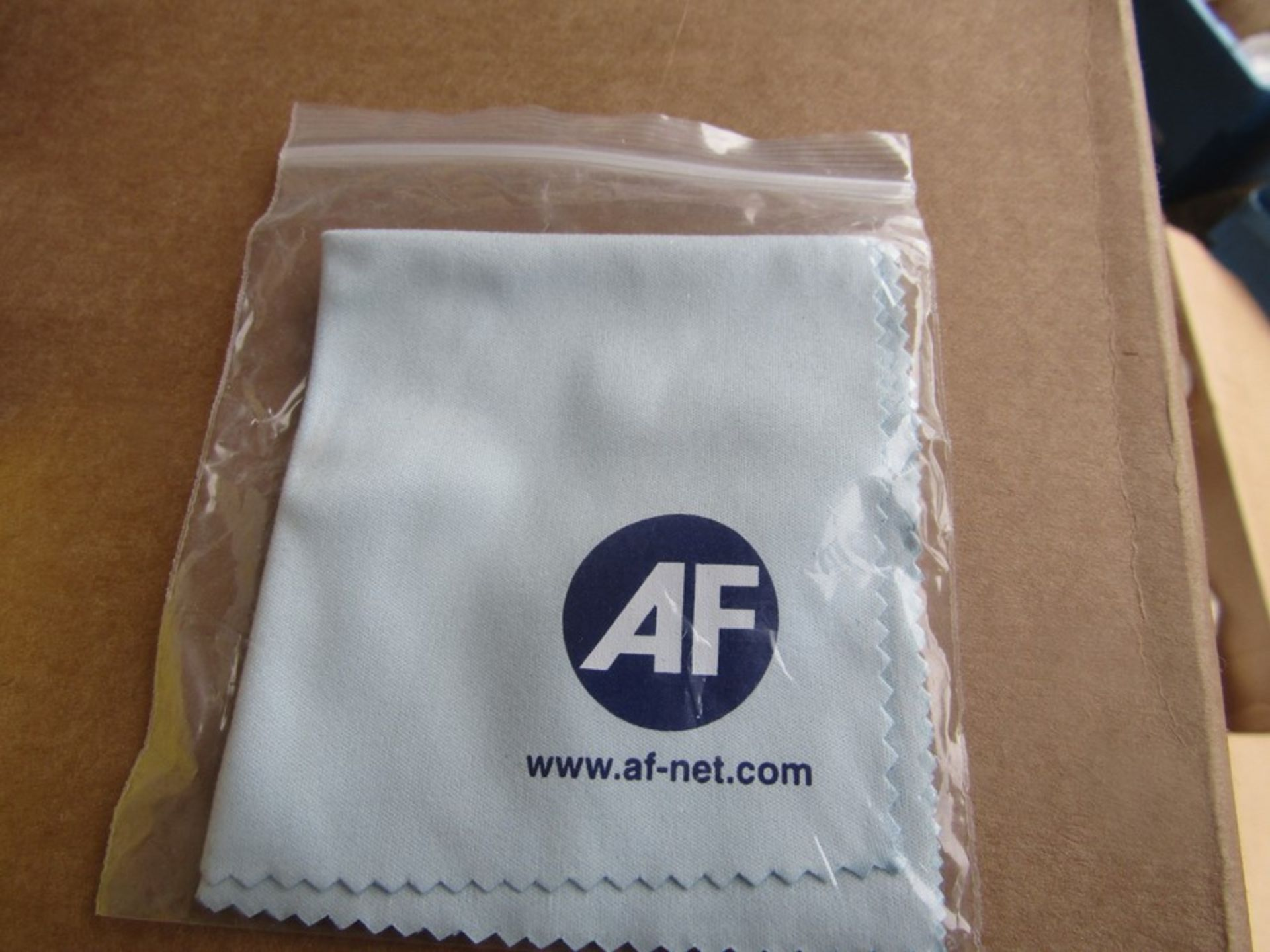 13 x AF Pack of 1 Blue Easy-Clene Multi-purpose Wipes for General Cleaning, Office Use - Image 2 of 3