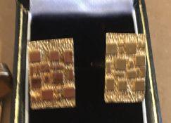 Pair of 9 karat Gold Bark Effect Cufflinks-head 19.5mm x 12.5mm and Rolled Gold Buhrer Ring Watch.