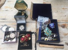 Mixed Lot of Silver Jewellery other Jewellery and odd items.
