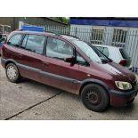 04/04 Vauxhall Zafira Design 16V - 1598cc 5dr MPV (Red, 107k)