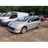 06/56 PEUGEOT 307 SW SE HDI 110 - 1560cc 5dr Estate (Silver, 138k)
