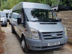 09/59 FORD TRANSIT 115 T430 17S RWD - 2402cc 5dr Minibus (Silver, 177k)