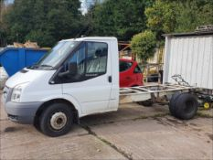13/63 FORD TRANSIT 100 T350 RWD CHASSIS CAB - 2198cc 2dr (White, 105k)