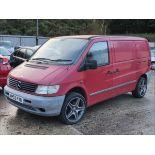 02/52 MERCEDES VITO 108 CDI - 2151cc Van (Red, 83k)