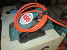 Lot 680 Image