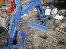 MITSUBISHI MM25 MINI DIGGER C/W 1 BUCKET 4638HRS RDD - WITH KEYS