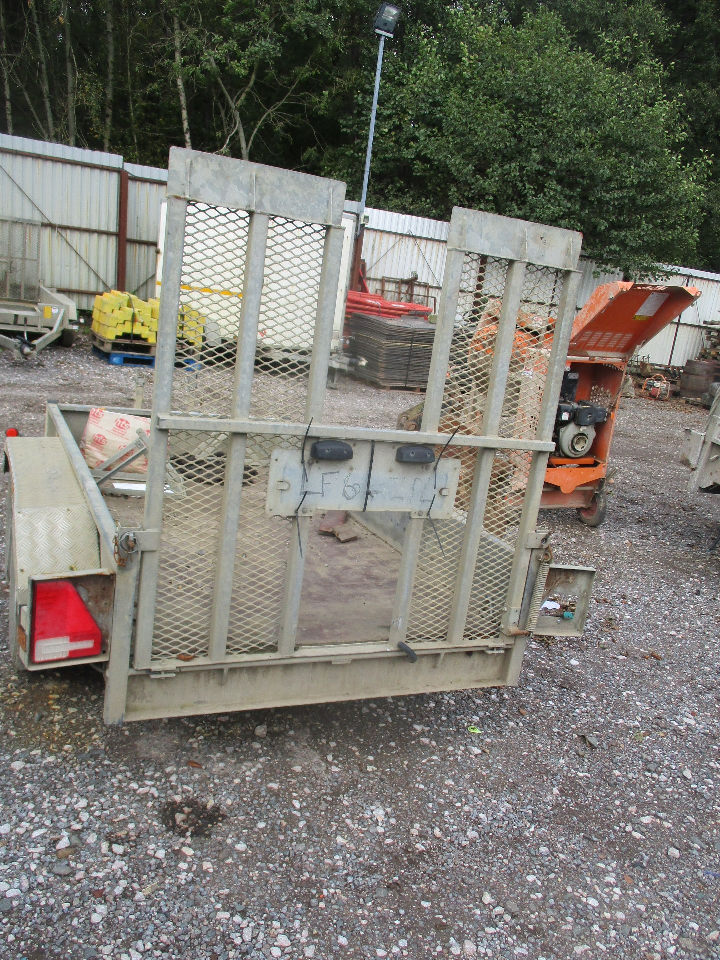 INDESPENSION TWIN AXLE PLANT TRAILER - Image 3 of 3