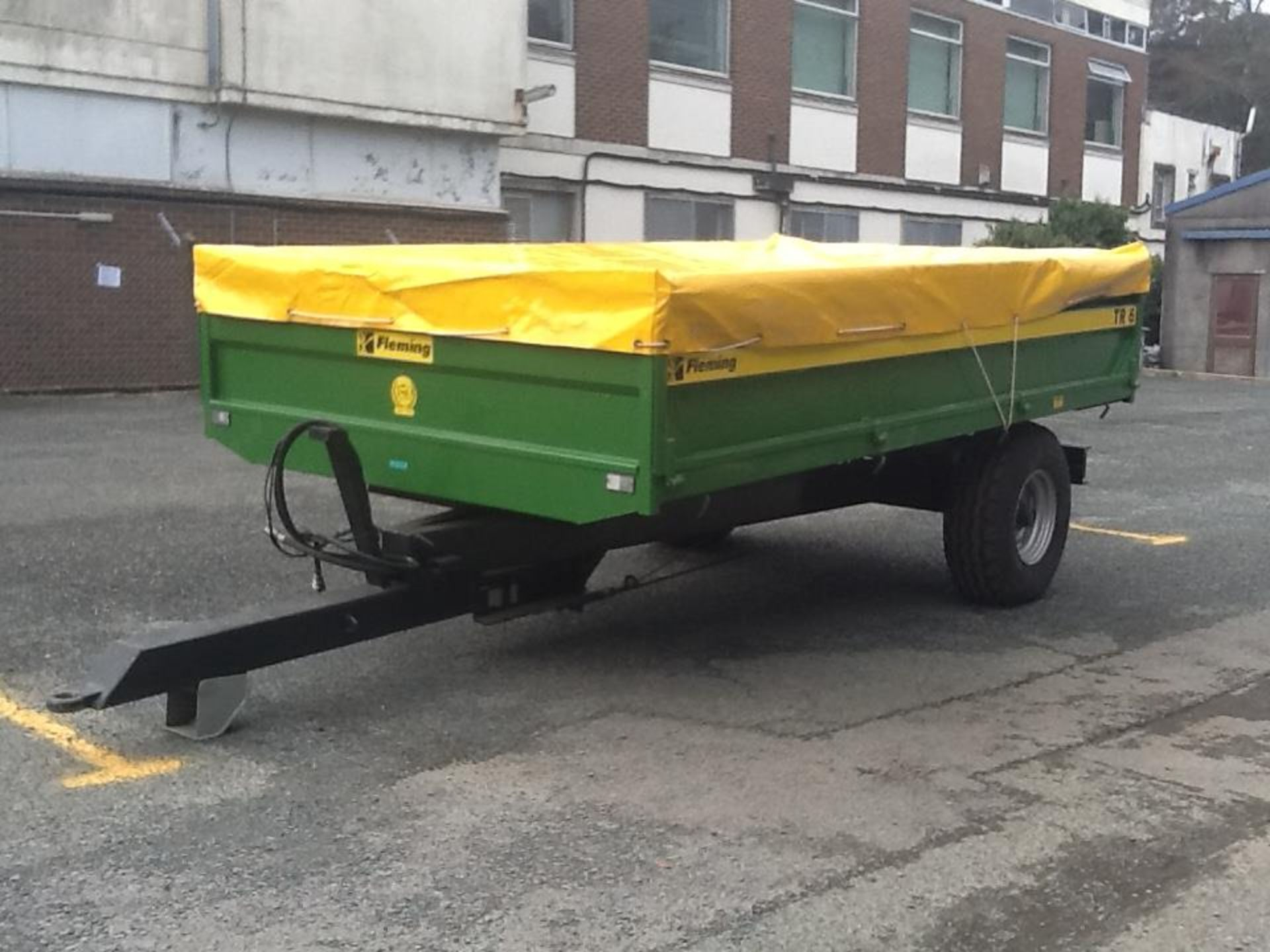 FLEMING 6TR TIPPING TRAILER (2016). HYD BRAKES, REMOVABLE SIDES. LOCATED TAVISTOCK PL19 8DH - Image 5 of 5