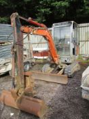PEL JOB 3 TON DIGGER C/W 3 BUCKETS TRACKED IN
