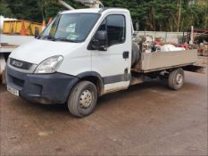 11/61 IVECO DAILY 35S11 MWB - 2287cc 2dr Flat Bed (White/blue, 194k)