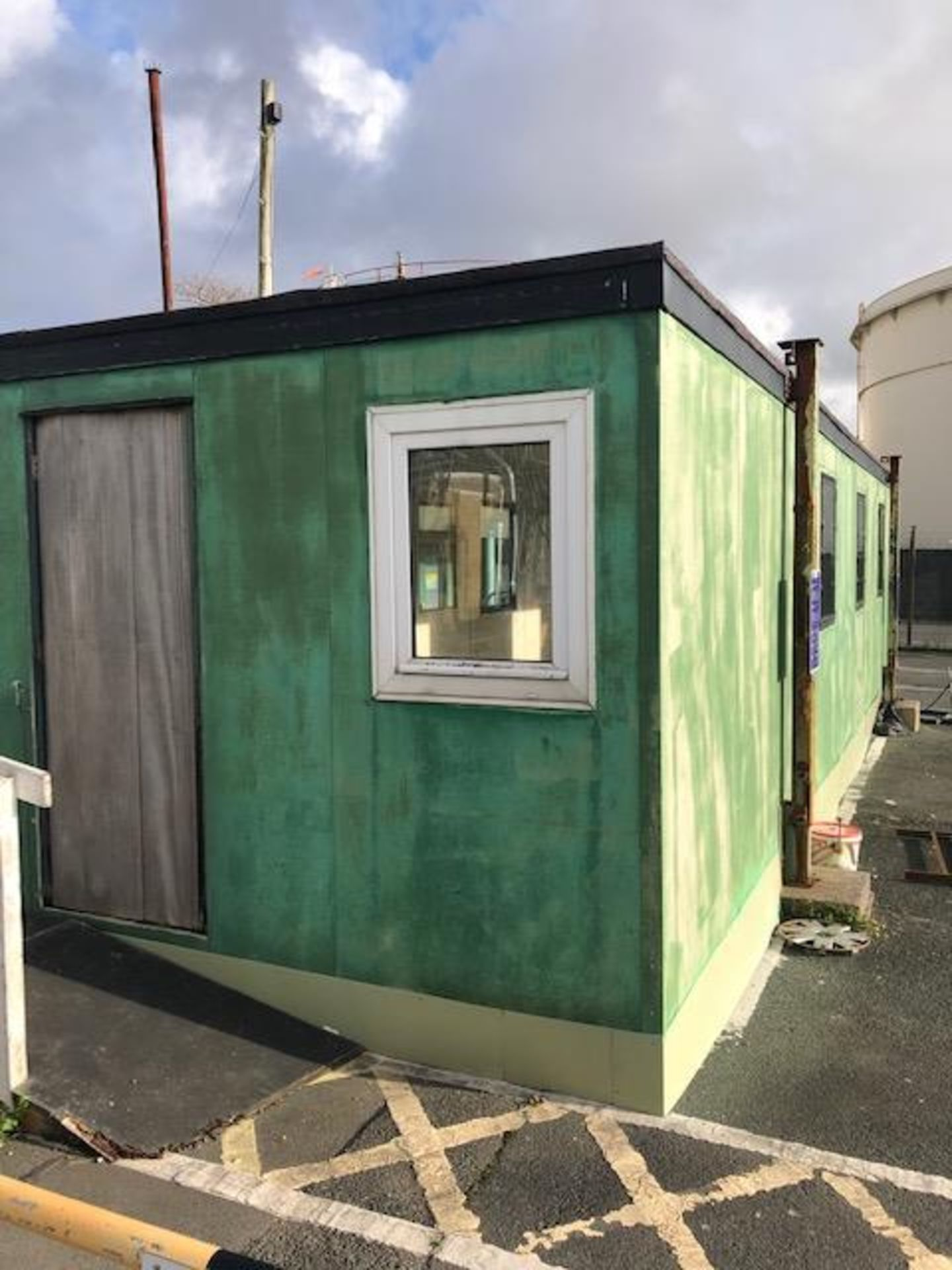 Container 10ft W x 40ft L x 9.3ft H - Image 6 of 6