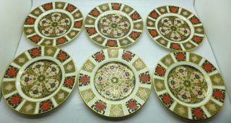 A set of six Royal Crown Derby 1128 pattern plates, 16cm