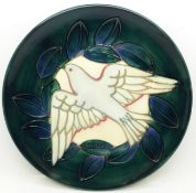A Moorcroft Year Plate, Second Series Second Edition 1993, dove design, 204/500, with box and signed
