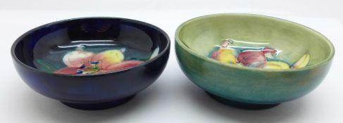Two Moorcroft freesia dishes, 77mm diameter, (202,203)