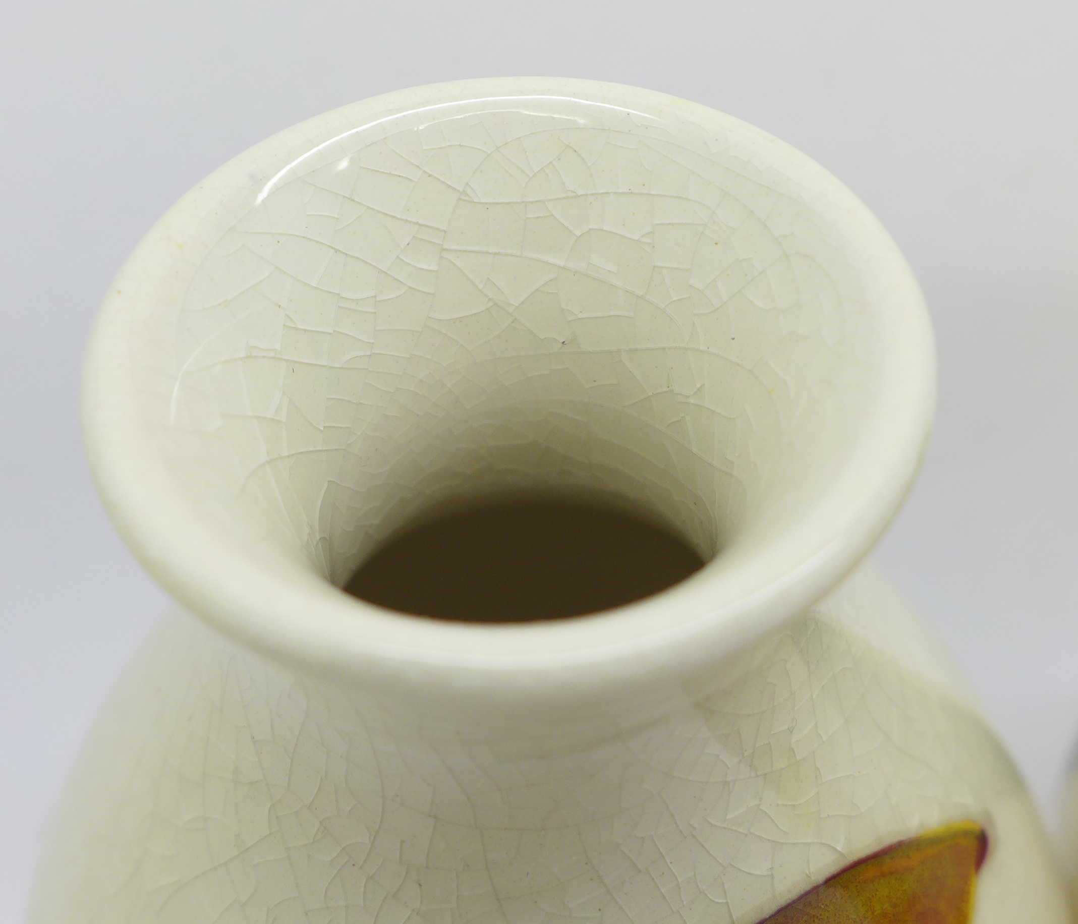 Two Moorcroft vases, crazed, 92mm, (57,58) - Image 4 of 7