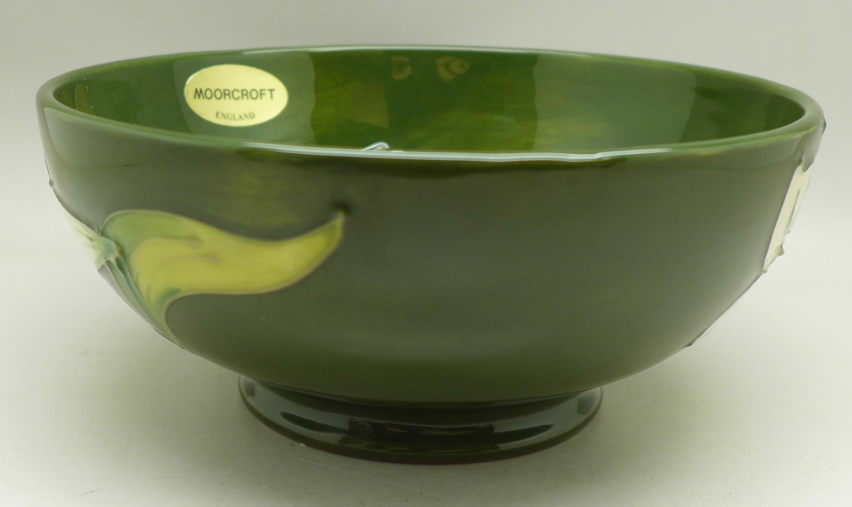 A Moorcroft Bermuda Lily bowl, 163mm diameter - Image 3 of 6