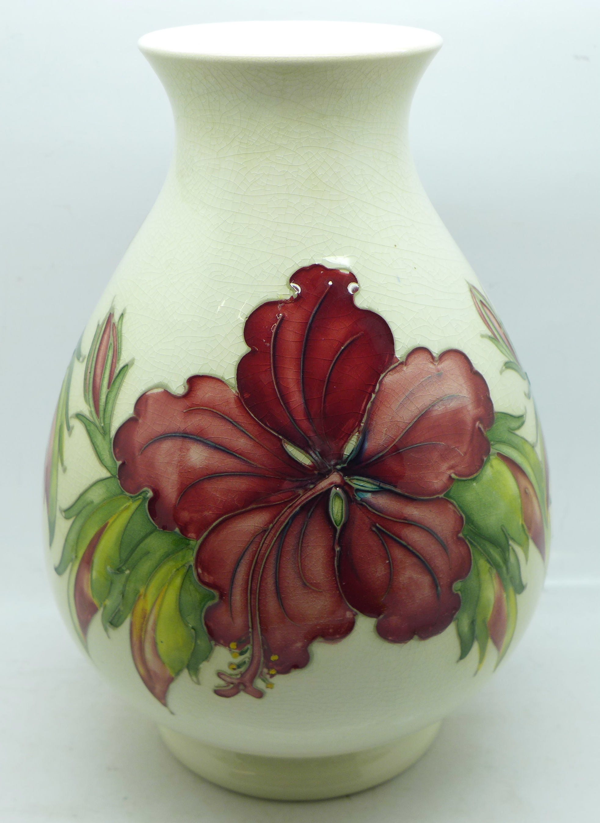 A Moorcroft hibiscus vase, crazed, 20.5cm - Image 3 of 6