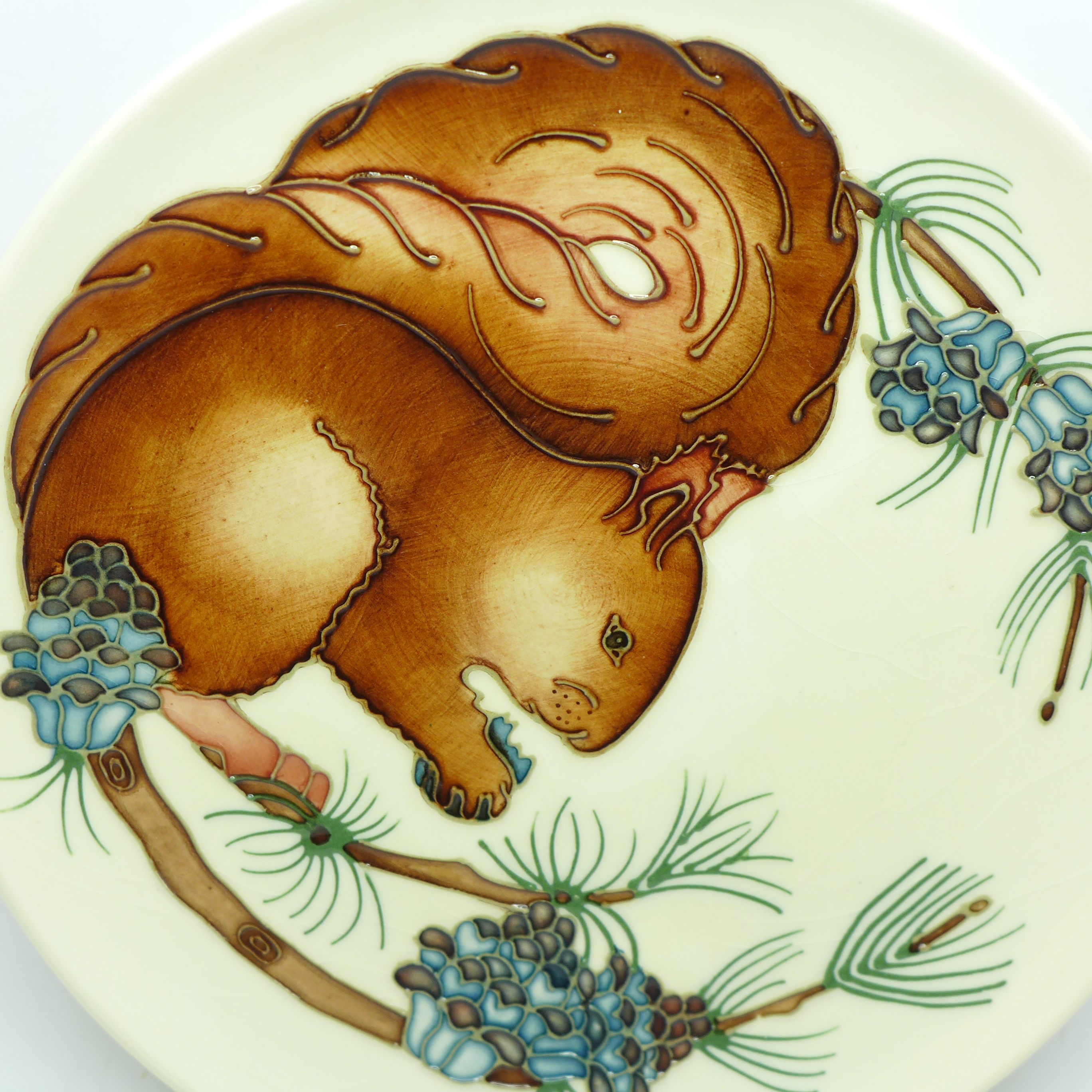 A Moorcroft Limited Edition Year Plate 1995, squirrel design, 300/500, signed and dated 4.11.95, - Image 2 of 6