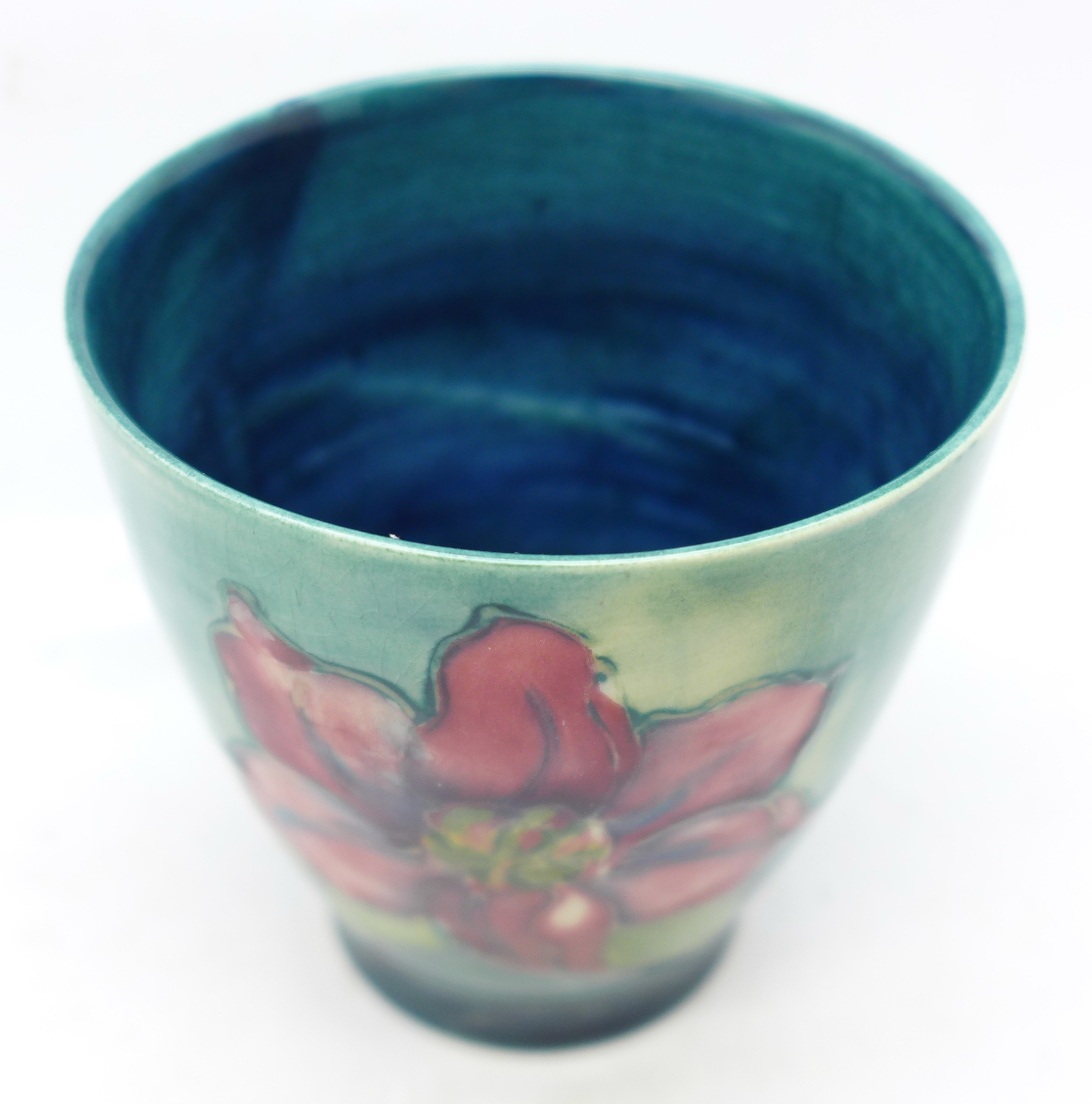 A small Moorcroft clematis vase, 72mm - Image 2 of 5