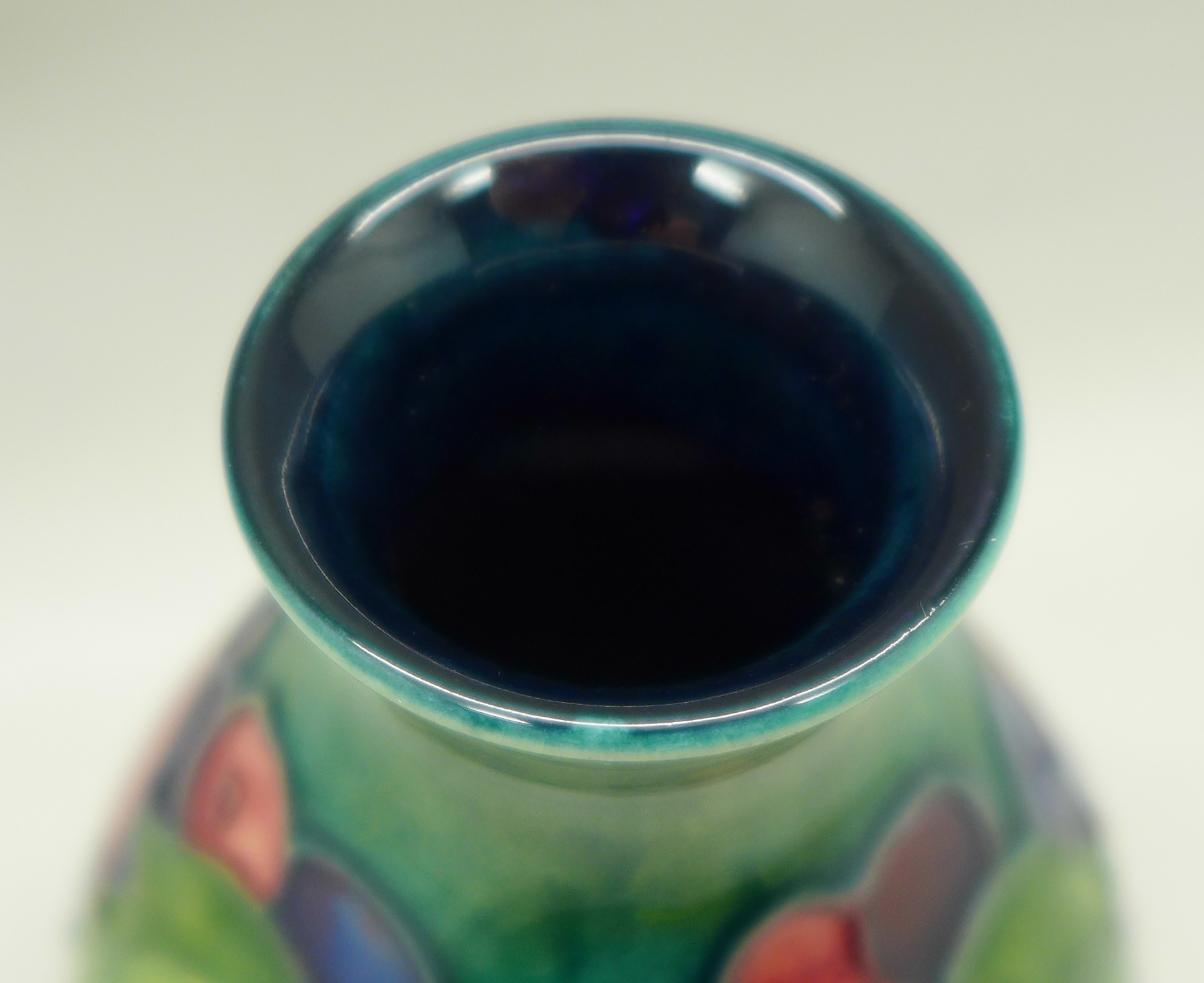 A Moorcroft Leaves and Fruit vase, 113mm - Image 5 of 6