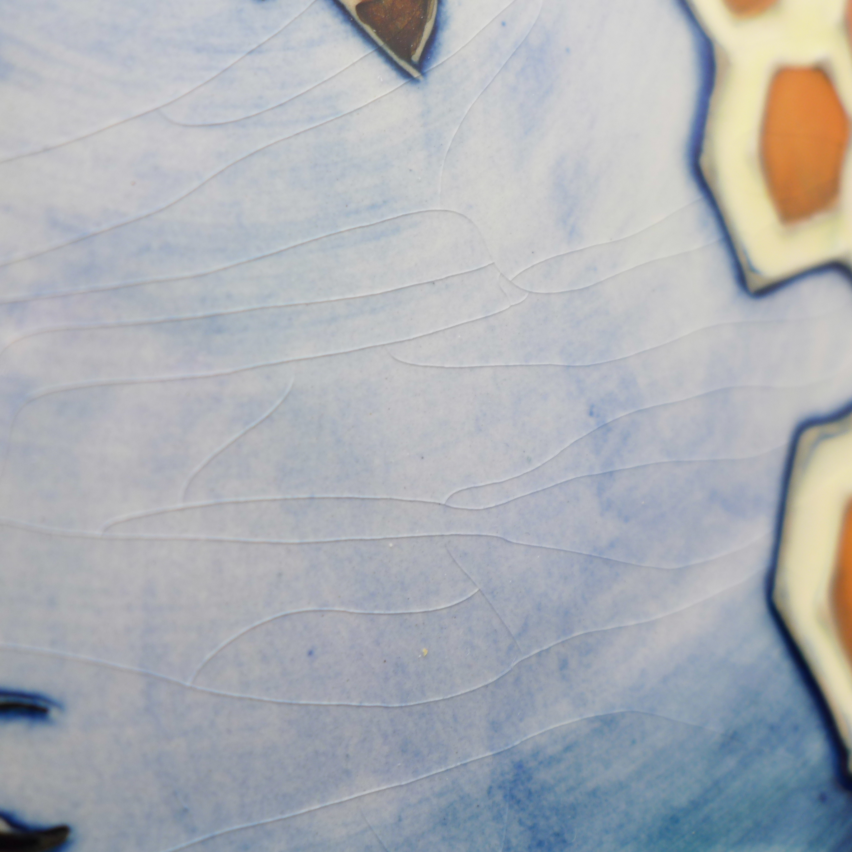 A Moorcroft Honeycomb pattern plate, 263mm - Image 3 of 6