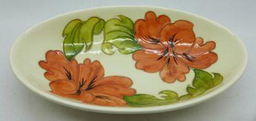 A Moorcroft hibiscus oval dish/bowl, 23cm