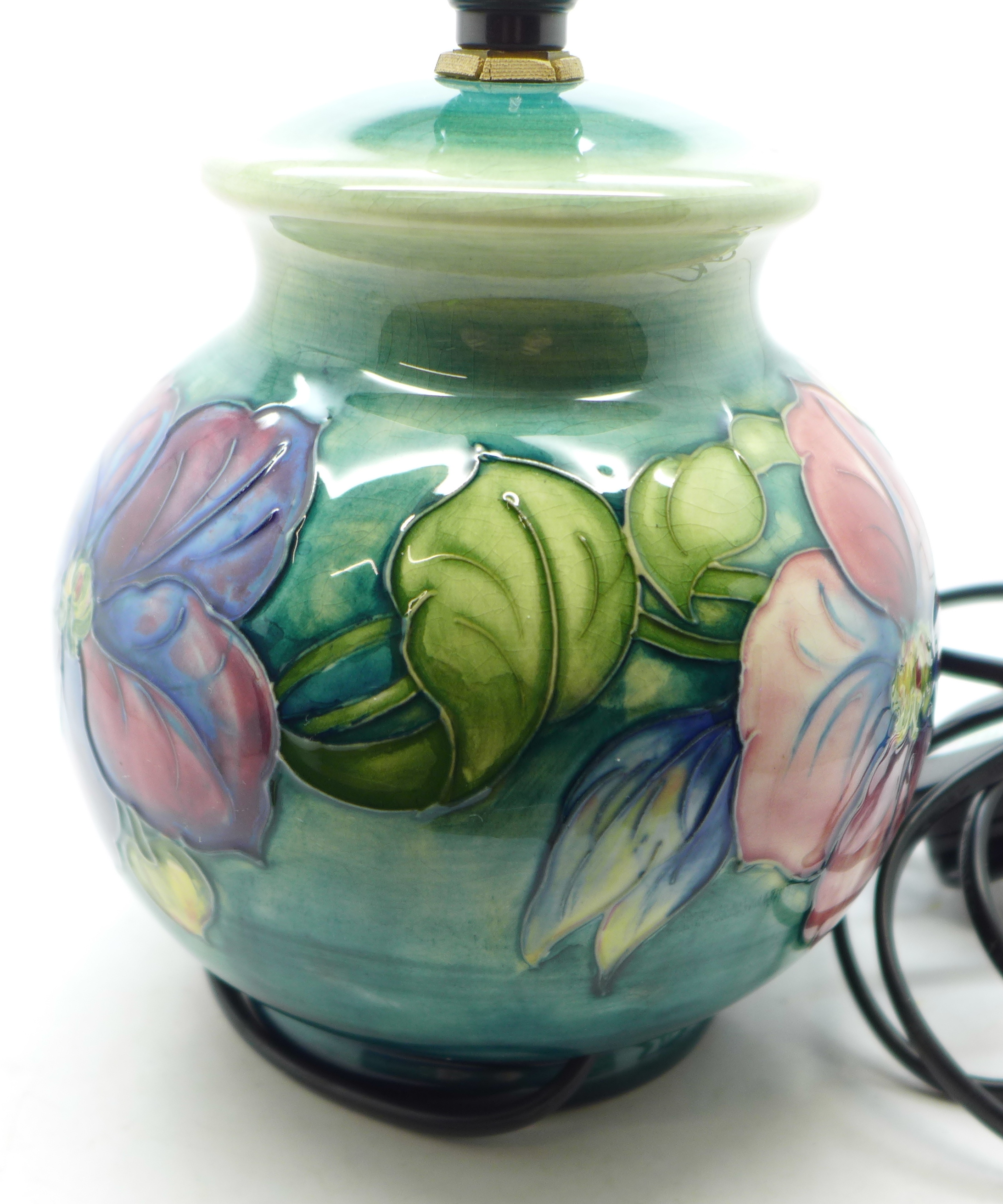 A Moorcroft clematis table lamp base, 15cm - Image 4 of 7