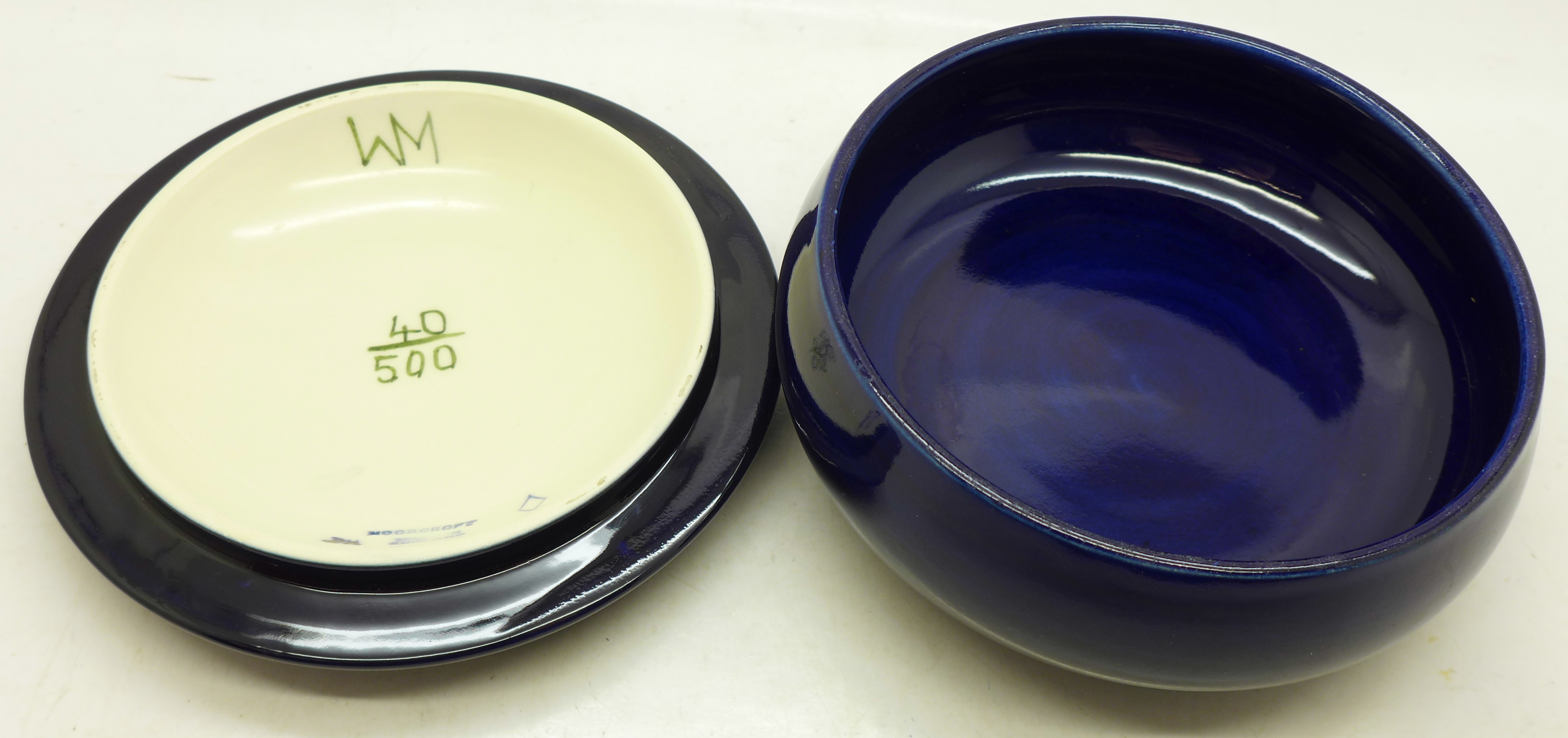 A Moorcroft Limited Edition lidded dish, 40/500, 122mm diameter - Image 4 of 5