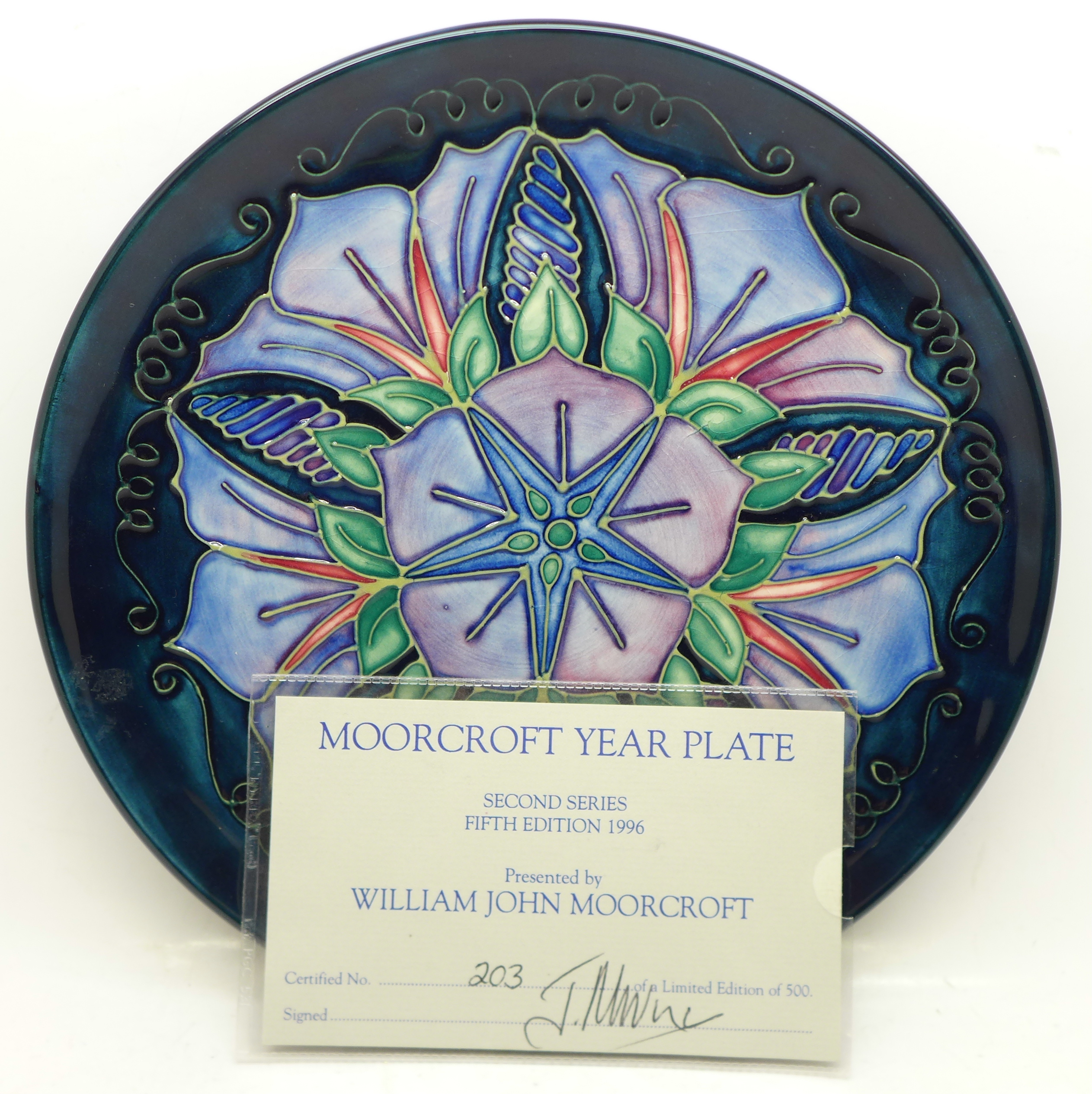 A Moorcroft Year Plate, Second Series Fifth Edition 1996, 203/500, with signed certificate, no - Image 3 of 7