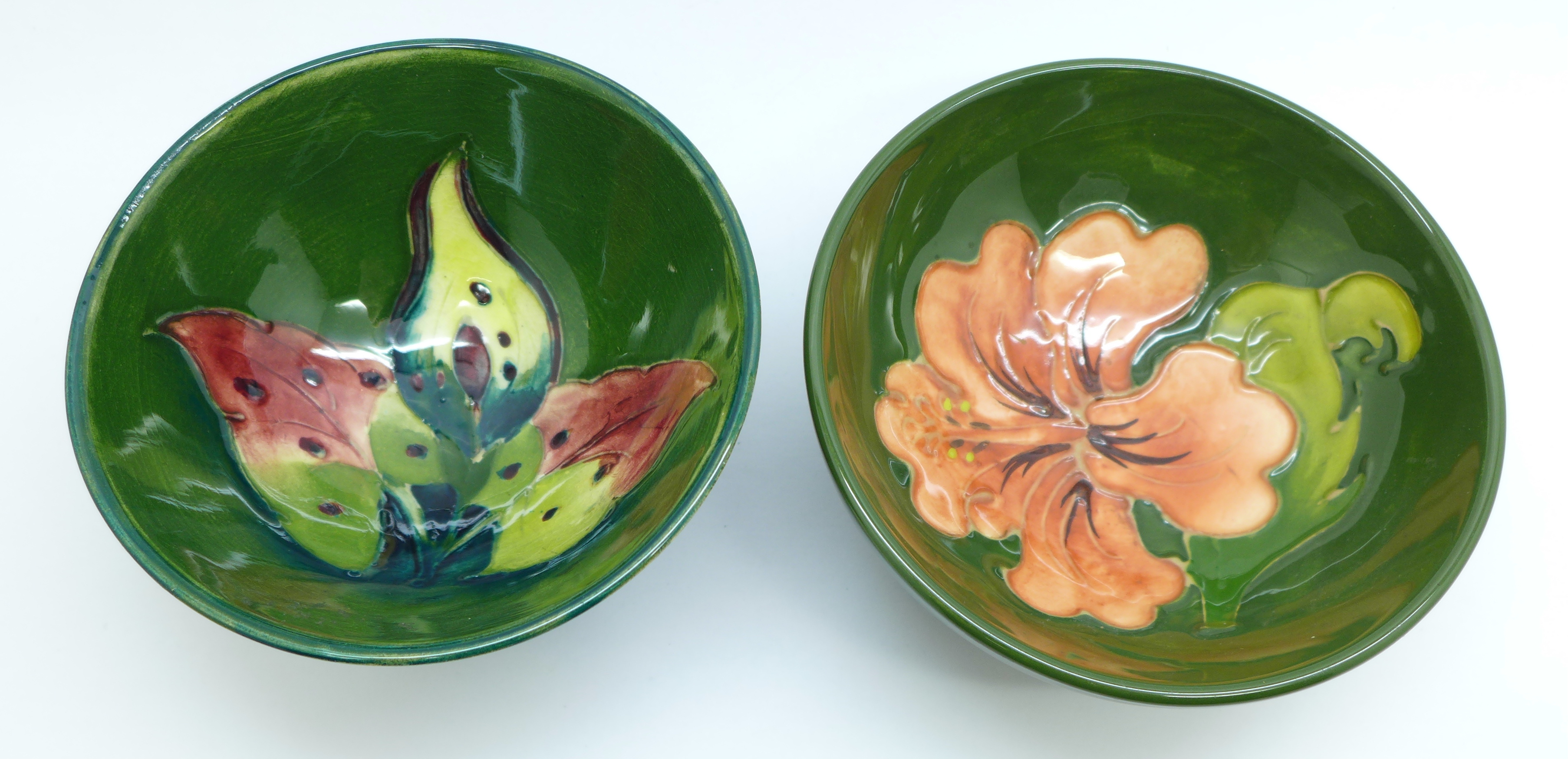Two small Moorcroft bowls, arum lily and hibiscus, 9.5cm diameter, (181,182) - Image 2 of 5