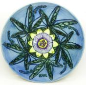 A Moorcroft Limited Edition Year Plate, 1992, 338/500, boxed, 21.5cm