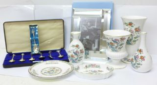 A collection of Wedgwood china, six pieces of 'Kutani Crane', a Wedgwood frame, boxed, a set of
