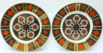 A pair of Burtondale plates, 27cm