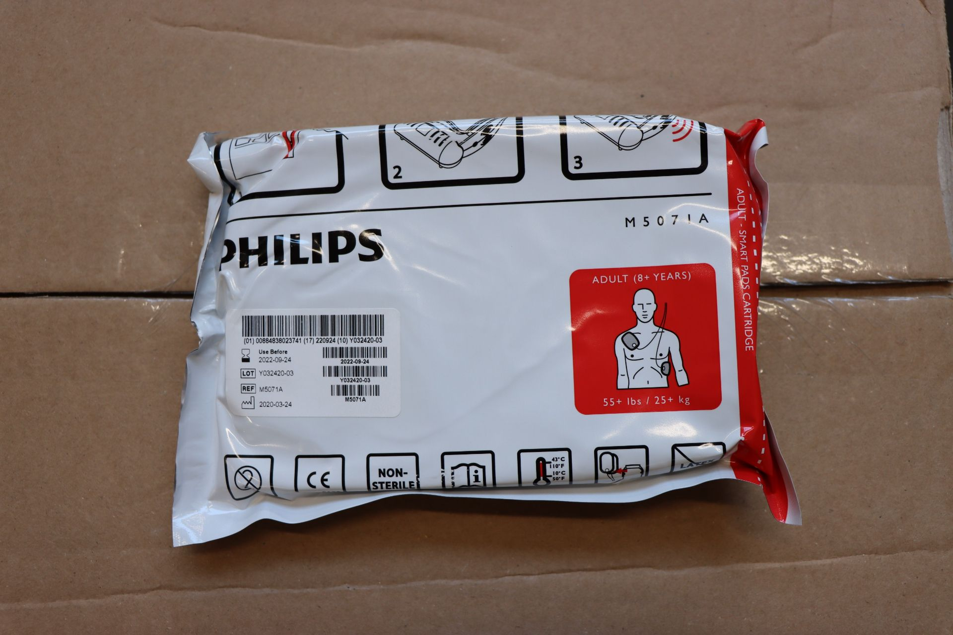 Lot 857 - Forty boxed as new Philips adult smart pads (For use with Heartstart HS1 Defibrillators, M5071A).