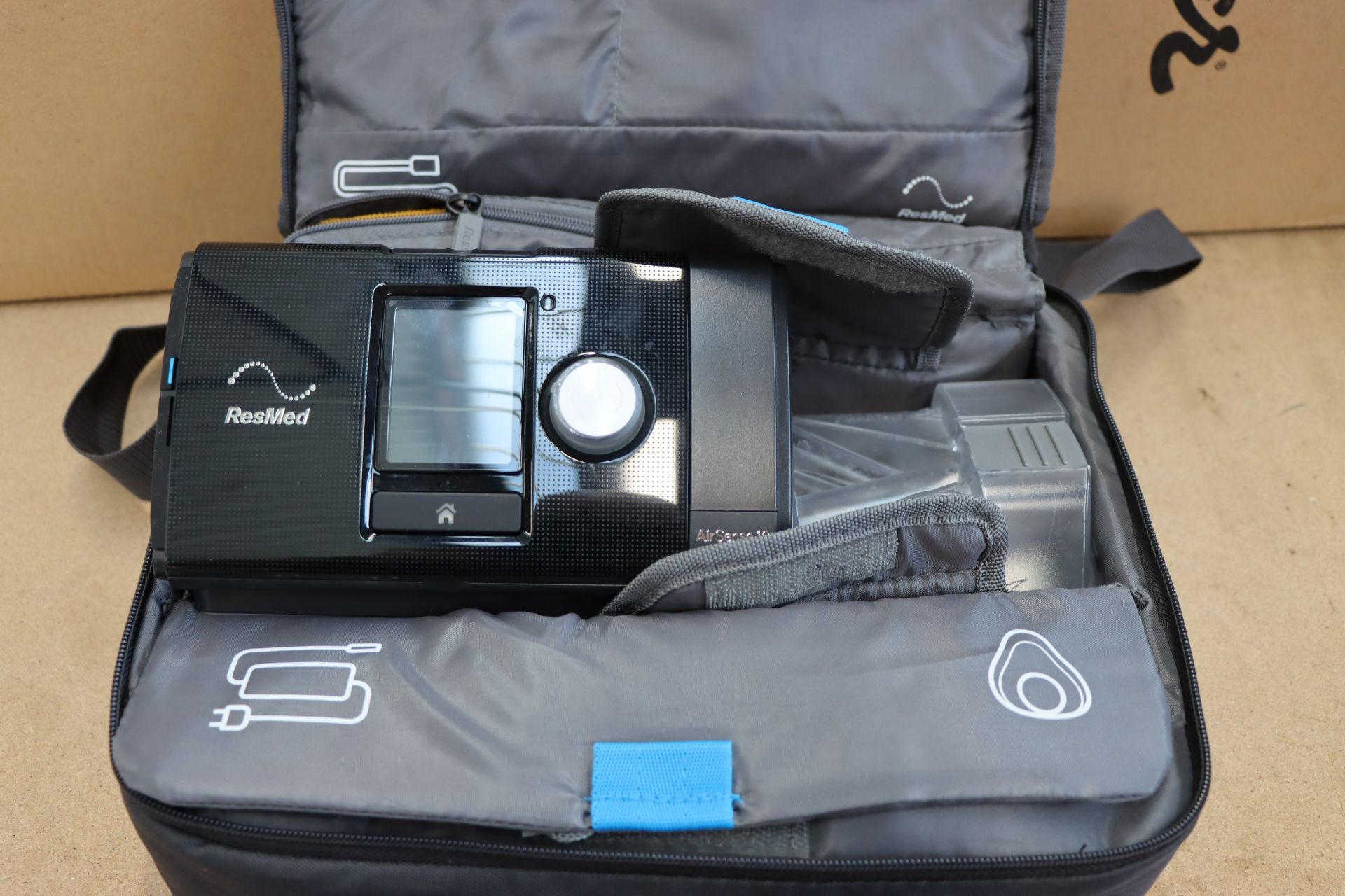 Lot 995 - A pre-owned Resmed Air Sense 10 Autoset with carry case.