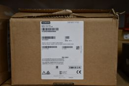 A boxed as new Siemens 6DR5510-0NG02-0AA0 SIPART PS2 Smart Electropneumatic Positioner For Pneumatic