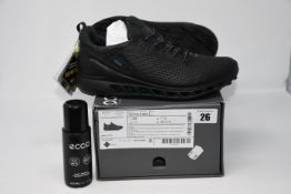 One as new Ecco M Golf biom cool pro trainers size UK 7.5 (102104 01001).