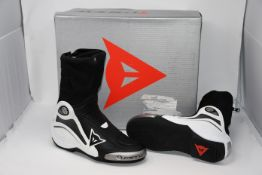 One as new Dainese Axial D1 black/white boots size 42 (Axial D1).