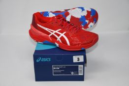 One pair of man's boxed as new Asics Sky Elite FF L.E trainers in classic red and white (UK 7).