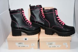 Three as new Koi Footwear Kitana Pink Laced boots size 8 (ND63).